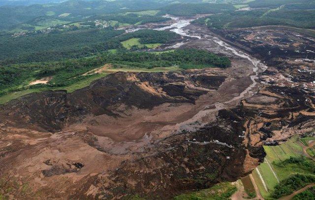 La rotura de una presa en Brasil deja cientos de desaparecidos