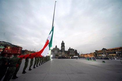 México conmemora el doble aniversario de los terremotos de 1985 y 2017