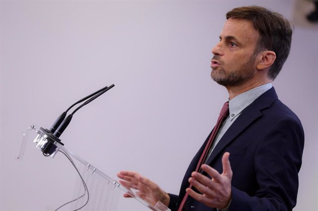 El portavoz de En Comú Podem en el Congreso, Jaume Asens, en rueda de prensa tras su reunión con el Rey Felipe VI en el segundo día de la ronda de consultas sobre el candidato a la presidencia del Gobierno, en Madrid (Españ), a 17 de semptiembre de 2019