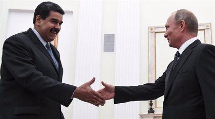 """Venezuela y Rusia """"preparan"""" una visita de Maduro a Moscú"""