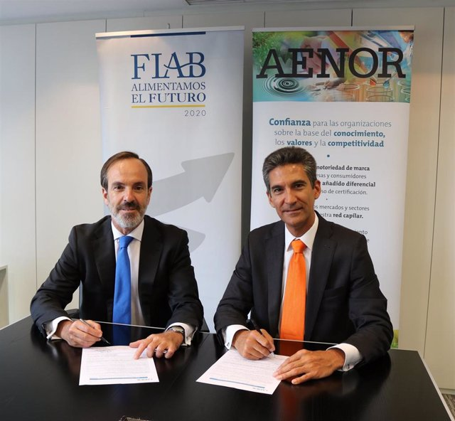 FIAB y Aenor firman un convenio que fomentará el conocimiento y uso de estándares de normalización