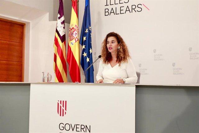 La portavoz del Govern, Pilar Costa, en la rueda de prensa posterior al Consell de Govern