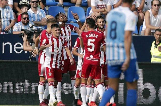 Fútbol/Segunda.- El líder Almería visita el fortín de Vallecas