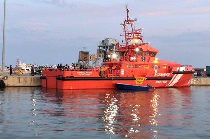 Los migrantes detenidos en Formentera ascienden a 35, entre ellos una mujer