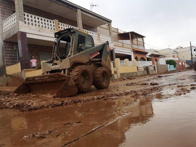 Participación de la UME en Murcia por las consecuencias de la DANA, gota fría