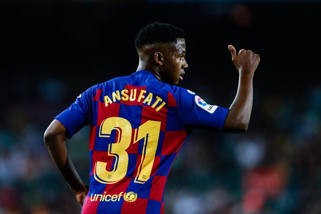 Fútbol.- Ansu Fati recibe la nacionalidad española y podrá disputar el Mundial S