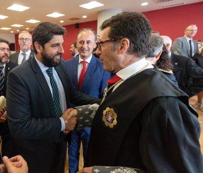 López Miras recoge la propuesta del presidente del TSJ y convocará a los partidos para pacto regional por la Justicia