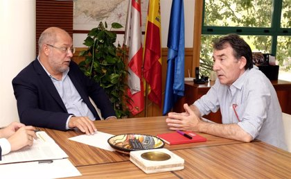 Igea se compromete a facilitar actividades de localización e identificación de víctimas de la guerra y el Franquismo