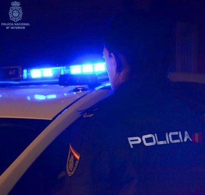 Detenido un joven de 25 años por robos en un bar y un comercio de Santander