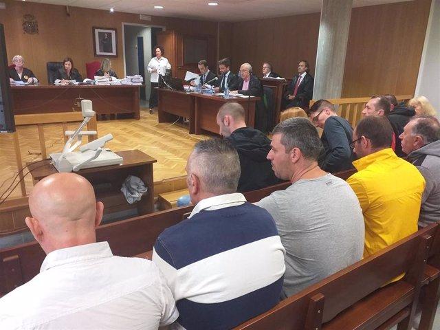 Xuízo a 12 acusados de introducir 60 quilos de heroína en Galicia.
