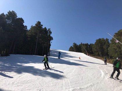 Ski Pirineos, el fortfait para disfrutar de todas las estaciones de esquí aragonesas sale a la venta