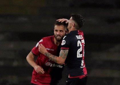 El Cagliari vence al Genoa en el tramo final