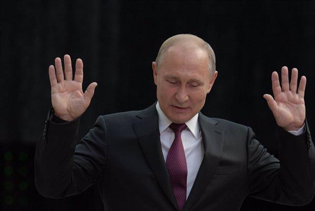 Rusia.- Acusado de extremismo un chamán siberiano detenido cuando se dirigía a M