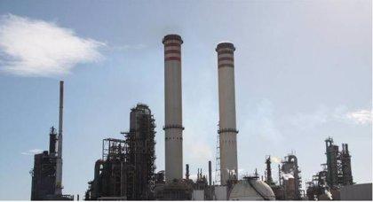 Venezuela.- El servicio eléctrico se restablece en las refinerías venezolanas Amuay y Cardón