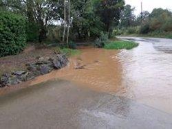 Les fortes tempestes escombren el litoral de l'Alt i el Baix Empordà i els Bombers reben 100 avisos (ACN)