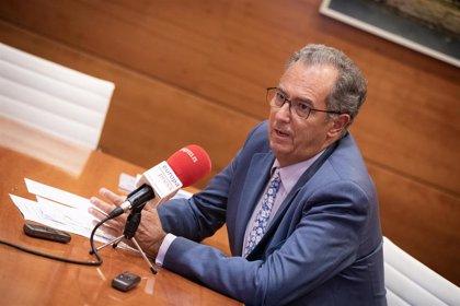 La Comunidad de Madrid prohibirá los móviles en los centros educativos sostenidos con fondos públicos
