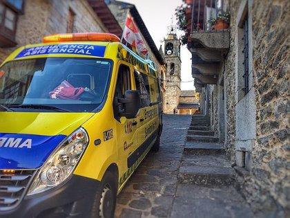 Cinco heridos tras salirse de la vía una furgoneta que dio varias vueltas de campana en Santibáñez de Tera (Zamora)