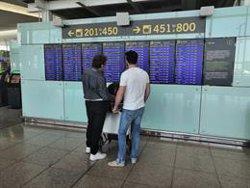 Iberia xifra en un 4,49% el seguiment de la vaga de personal de terra al Prat (EUROPA PRESS)
