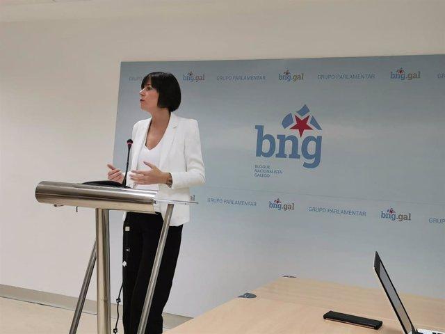 La portavoz nacional del BNG, Ana Pontón, en una rueda de prensa en el Parlamento de Galicia.