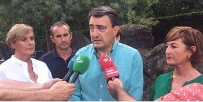 """Esteban dice que es """"una posibilidad real"""" que la derecha gane, lo que sería """"un problema muy grave para Euskadi"""""""
