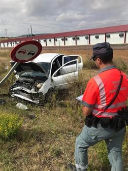 Salida de vía de un vehículo en Corella que ha dejado tres heridos.