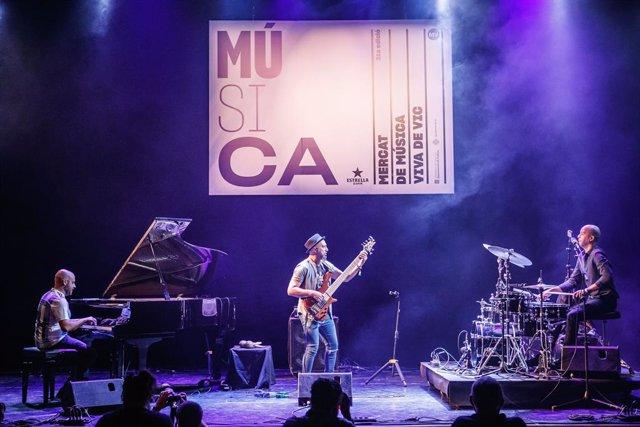 P.L.I.N.T., en una actuació en el marc del 31 Mercat de Música Viva de Vic.
