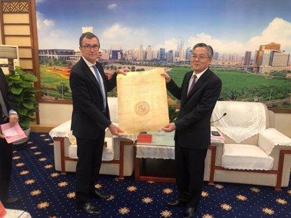 Murcia impulsa sus relaciones comerciales y turísticas con el sur de China mediante la firma del acuerdo de Nanning
