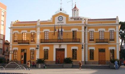 Condena al Ayuntamiento de Burjassot por vulneración de derechos al impedir que una edil mantuviera su empleo municipal