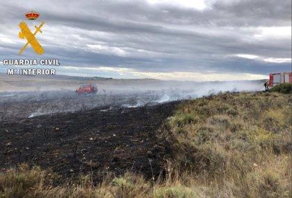 Un incendio quema 1,5 hectáreas de matorral y monte bajo en Miranda de Arga