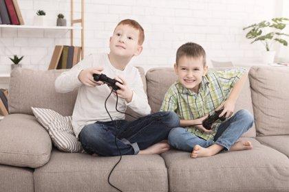 ¿Existe relación entre los videojuegos y la inadaptación escolar?