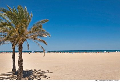 Fallece ahogado un hombre de 58 años en la playa de la Malvarrosa de València