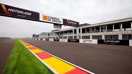 La Guardia Civil realiza en el Gran Premio de Aragón una vuelta de honor por su 175 aniversario