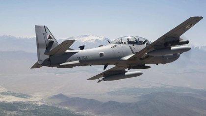 Al menos 15 talibán muertos en bombardeos de la aviación de Afganistán