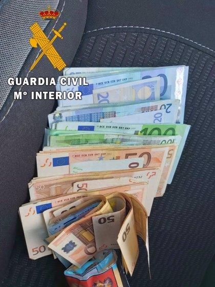 Detenida en Vera (Almería) acusada de sustraer 10.000 euros de la vivienda de una amiga