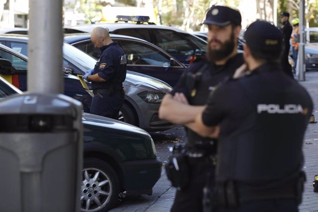 Agentes de la Policía Nacional en Madrid