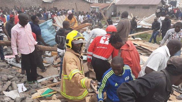 Kenia.- Mueren siete niños tras derrumbarse parcialmente una escuela en la capit