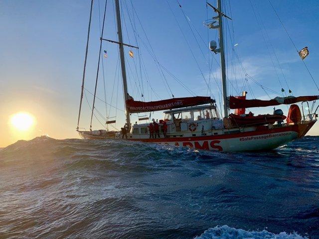 El vaixell Astral, de l'ONG Proactiva Open Arms