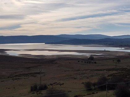 El embalse del Ebro baja al 52% de su capacidad