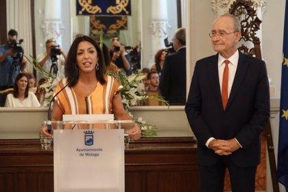 """Marta Bosquet ofrece colaboración a Málaga y resalta que Parlamento andaluz está """"un poco más cerca"""" de las provincias"""