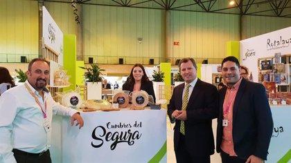 """La Diputación de Jaén expone en Andalucía Sabor """"la excelente calidad"""" de los productos agroalimentarios de la provincia"""