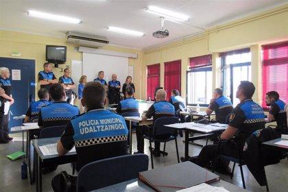 Doce policías de Navarra inician el curso de ascenso a agente primero de policía