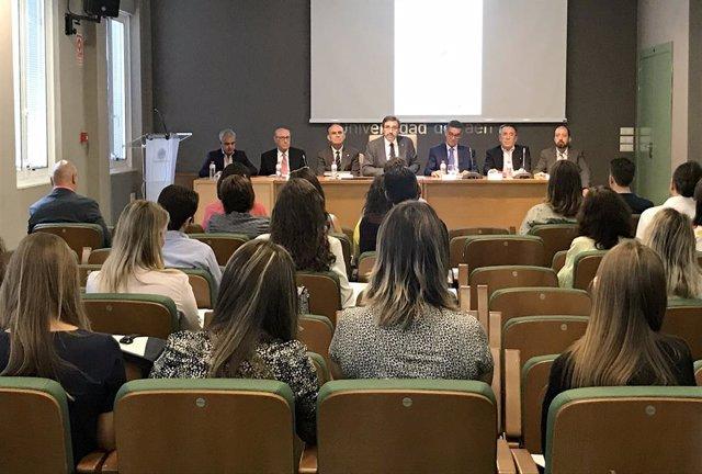 Jaén.- El XVII Título de Experto en Cata de Aceites de Oliva Vírgenes arranca en