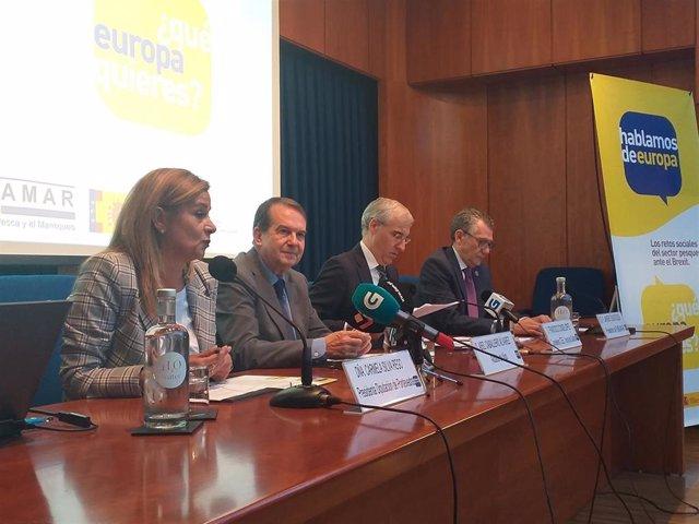 Carmela Silva, Abel Caballero, Francisco Conde y Javier Touza, abren unas jornadas sobre el Brexit en la Cooperativa de Armadores de Vigo.
