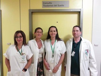 El Hospital Virgen de las Nieves de Granada atiende a 500 pacientes con síndrome de piernas inquietas