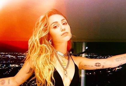 Miley Cyrus termina su relación con Kaitlynn Carter