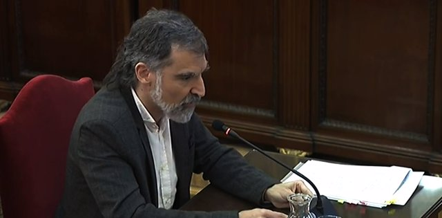 El president d'Òmnium Cultural, Jordi Cuixart, durant el seu interrogatori en la setena jornada del judici del Procés al Tribunal Suprem.
