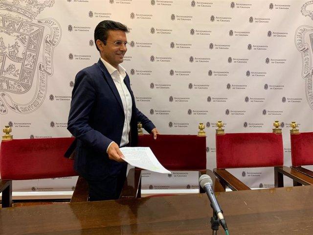 El portavoz del PSOE en el Ayuntamiento de Granada, Francisco Cuenca, en una imagen de archivo