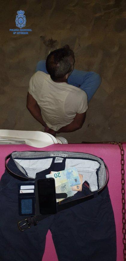 Detenen un home després de robar un mòbil a la Platja de Palma