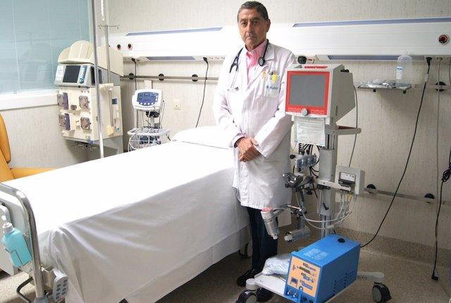 El doctor Andrés Carretero y el sistema de asistencia mecánica ECMO