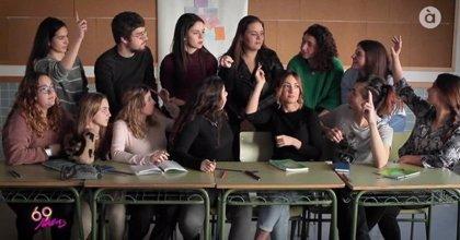 À Punt estrena '69 raons', un programa de educación afectiva y sexual para jóvenes y padres